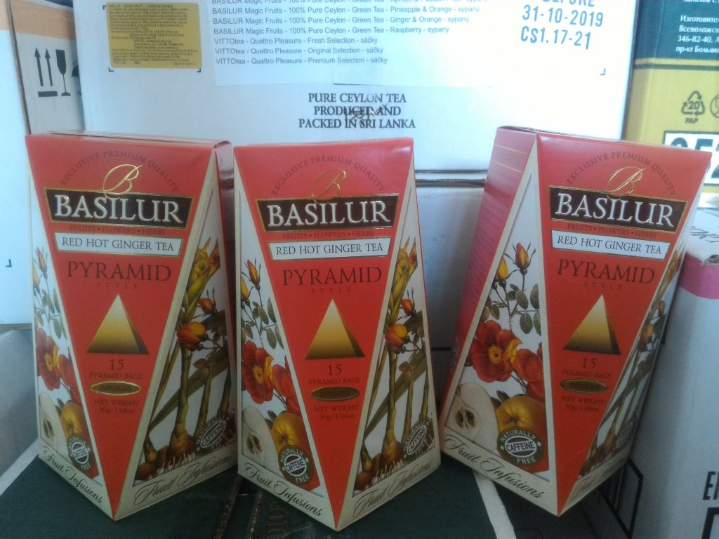 BASILUR 10/19 Fruit Red Hot Ginger Pyramid 15x2g